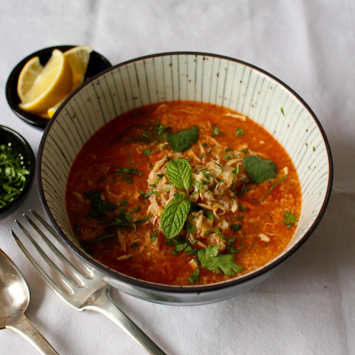 Soupe de poulet marocaine